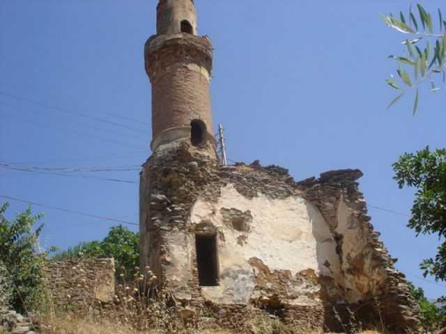 Gümüldür Yıkık Minare