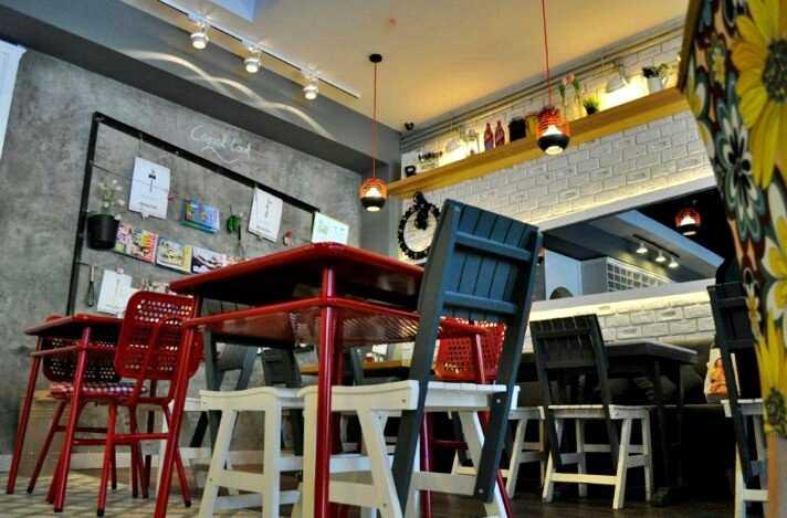bornova bisquitte cafe