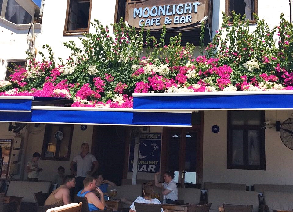 Moonlight Cafe Bar