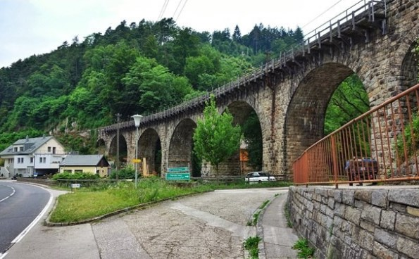 Taşhan Ve Kemerli Köprü