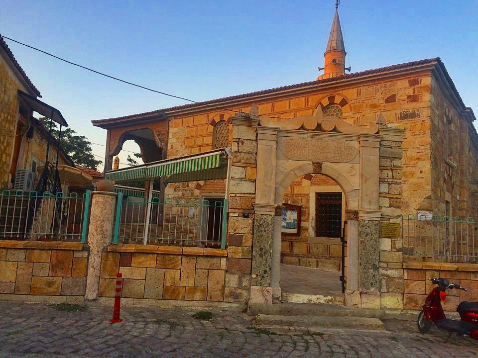 Foça Fatih cami