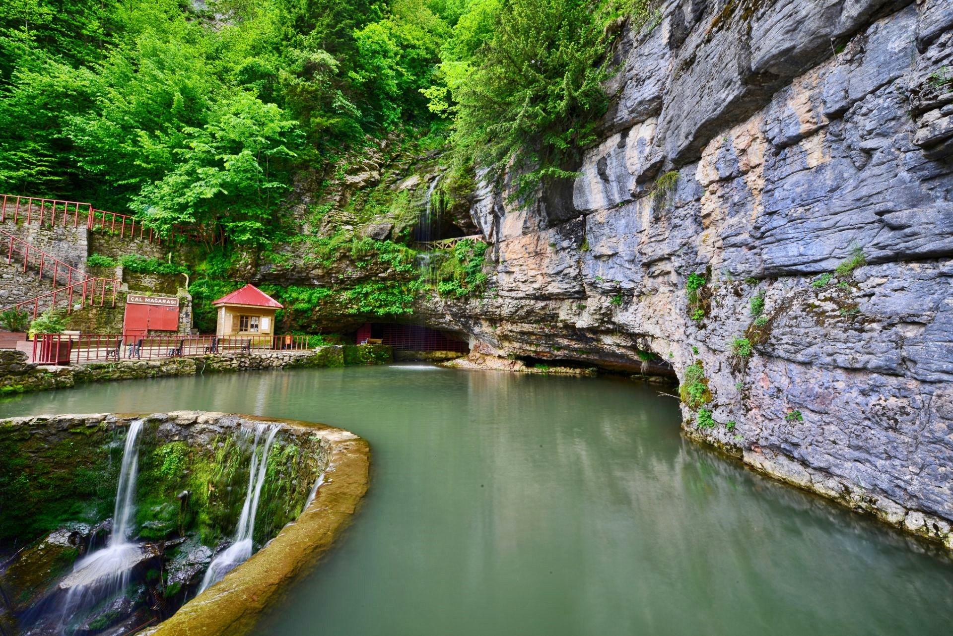 Çal Mağarası - Trabzon