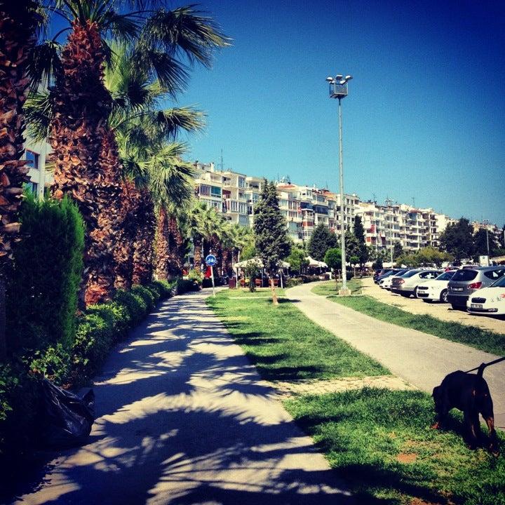 İzmir Güzel Yalı Sahili