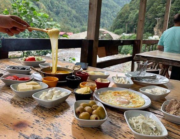 Ayder Yaylası Kahvaltısı