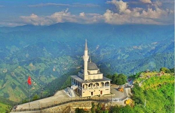Kıble Dağı Camisi