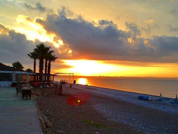 konyaaltı plajı günbatımı