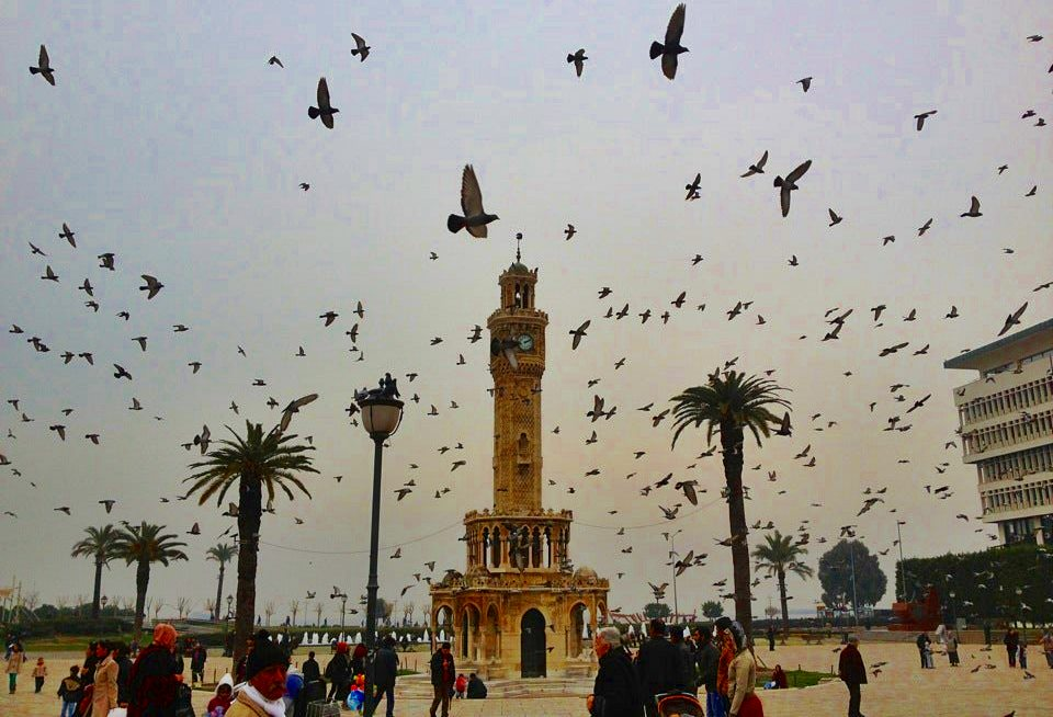 İzmir'in Sembolü Saat Kulesi