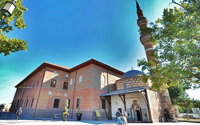 Baba Sultan Camisi ve Türbesi