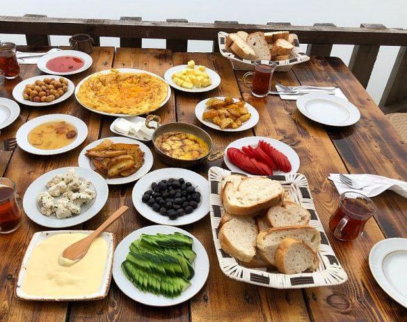 Gito Yaylası Kahvaltısı