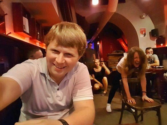 Ukrayna kırbaçlı cafe bar