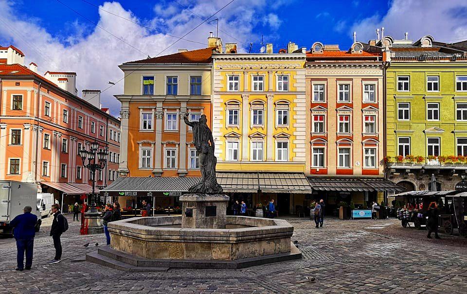 Rynok Meydanı