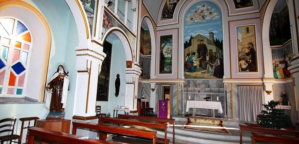 Saint Antoine Katolik Kilisesi