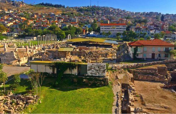 İzmir Agora Tarihi Yeri