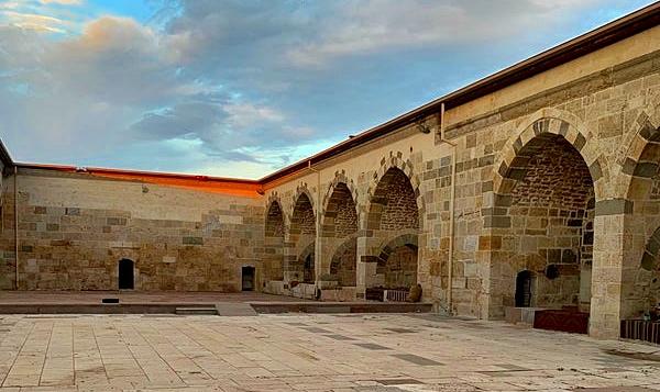 Selçuklu Devleti'nin Konya'da yaptırdığı en büyük Kervansaray