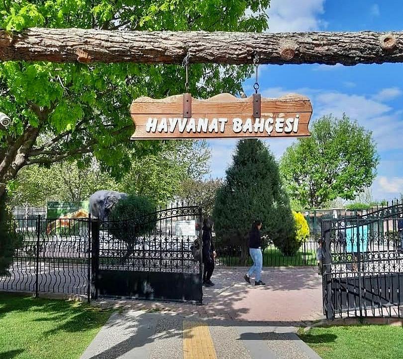 Konya Karatay Hayvanat Bahçesi