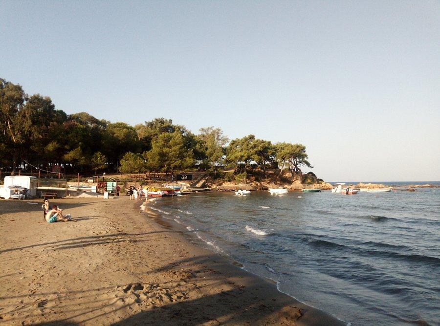 Menderes Kalemlik Plajı
