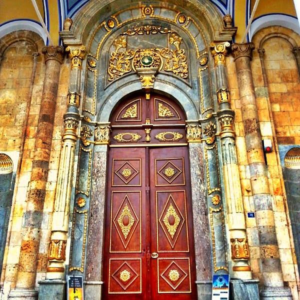 Aziziye Cami Kapısı