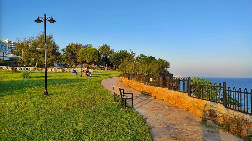 Falez Parkları