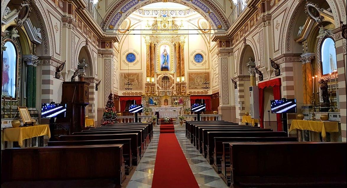 Aziz Polikarp Katolik Kilisesi + St. Polycarp Catholic Church