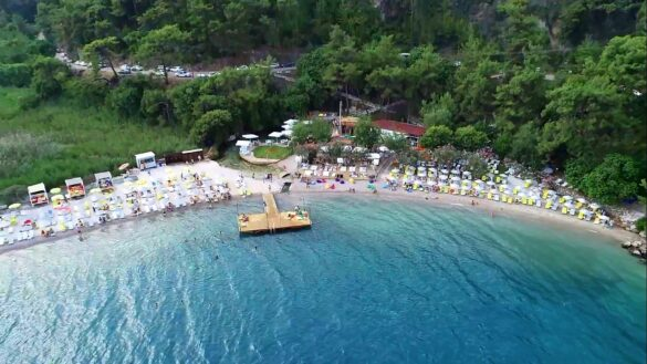 Çınar Beach Club