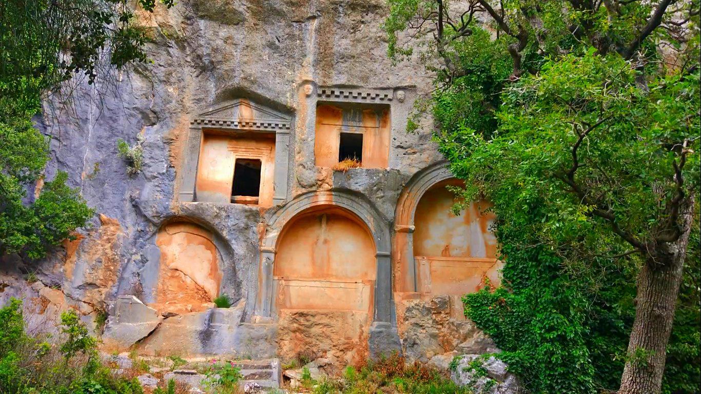 Döşemealtı Tarihi Yerleri
